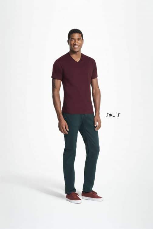 Vyriški marškinėliai V formos