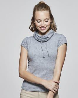 Moteriški marškinėliai su aukšta apykakle