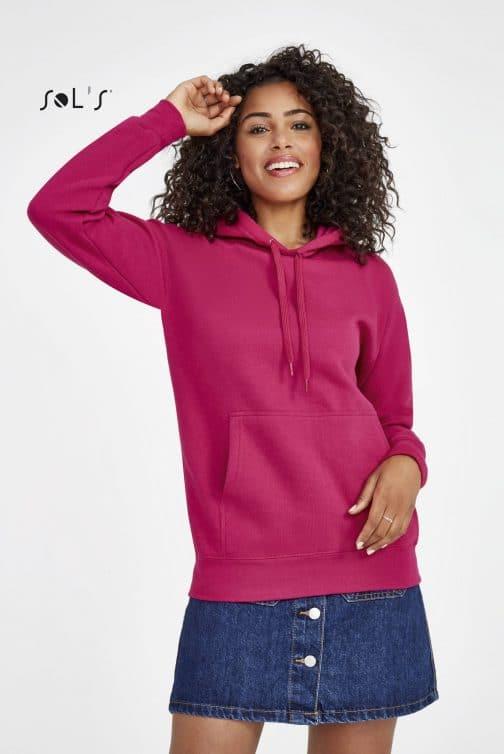 Džemperis moterims su gobtuvu